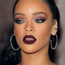 Rihanna - prvi make up